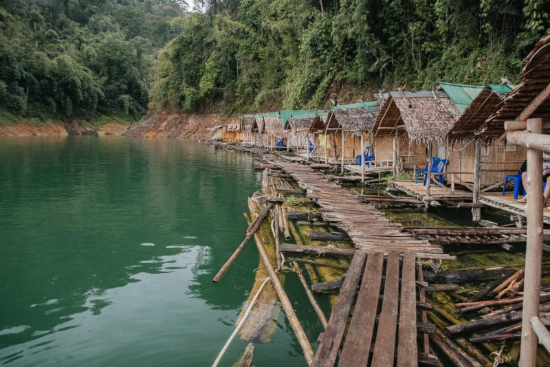 Raft houses – 15 meters of water below